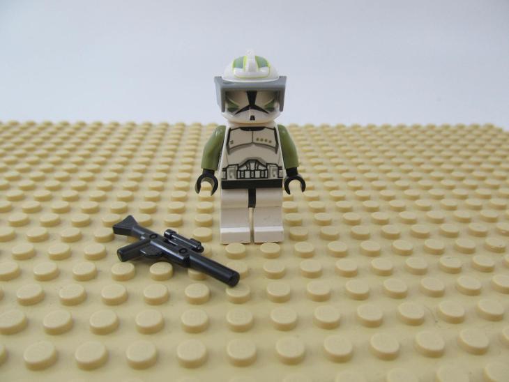 LEGO figurka Star Wars troopers Clone Trooper Sergeant - Hračky