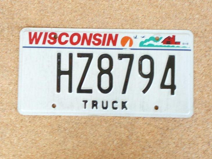 USA SPZ, Wisconsin originál... - Motoristické předměty