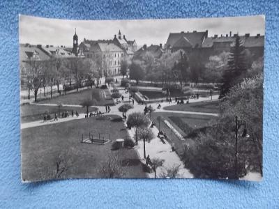 Kladno Gottwaldovo náměstí foto Einhorn