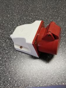 Zásuvka 32A 5 - kolík