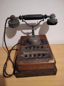 Raritní zachovalý telefon rok ca 1920   stav viz foto