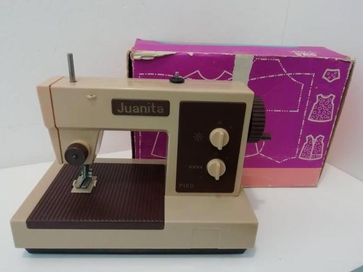 Dětský šicí stroj  - Starožitnosti