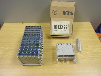 Rozvaděčový pásek  TESLA  FK 133 16 a 22 do telefonní ústředny nepouži