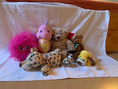 Plyšové hračky - řehtací koule a mořský koník na spaní