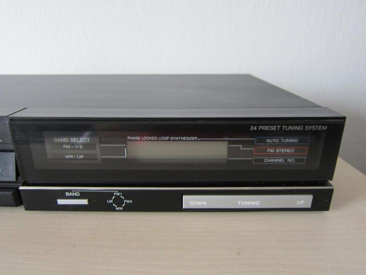 Stereo AM/FM Tuner Sanyo JT 6050L Vintage High End /Japan 1986 !!! - TV, audio, video