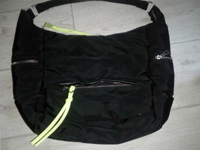 Šusťáková kabelka
