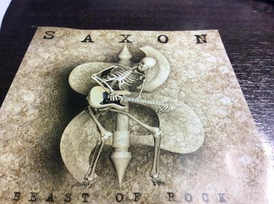 SAXON: BEAST OF ROCK, KOMPILACE, JAKO NOVÉ, OD KORUNKY !!!