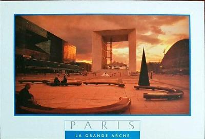 Paříž La Grande Arche