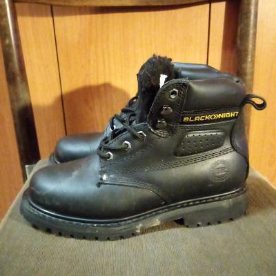 Dámské zimní kotn.boty ČERVA~BLACK KNIGHT,vel.39(25cm)/pravá kůže