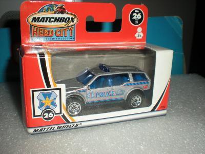 Matchbox police SUV r.2002 NEROZBALENO!!
