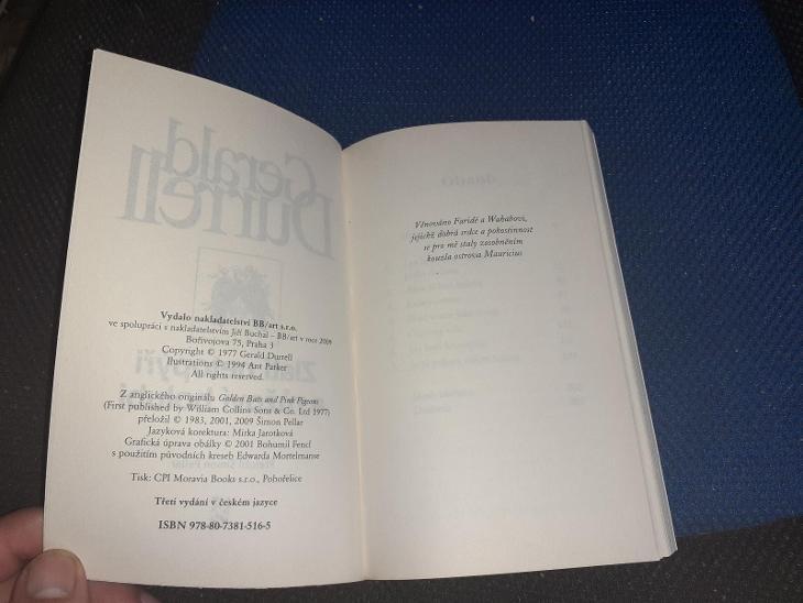 Gerald Durrell - Zlatí netopýři a růžoví holubi 2009 - Knihy