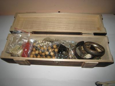 Krabice bižuterie