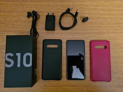 Samsung Galaxy S10 Dual SIM Černý - 128 GB + 4 kryty + stojánek Pitaka