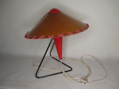 Stará stolní lampička tzv. Číňan