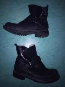 Kotníčkové zateplené boty