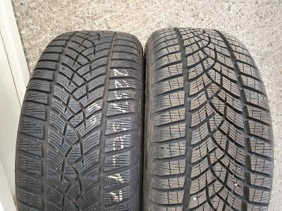 225/50R17 98H XL UltraGrip Performance G1 GOODYEAR
