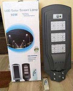 90W pouliční dvorní solární LED lampa s optickým senzorem zapínání