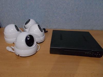 Nepoužitý starší IP kamerový systém.