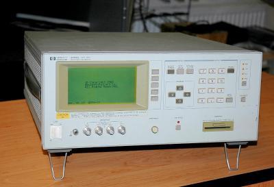Hewlett Packard 4284A, RLC měřič, 20Hz-1MHz