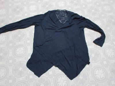 svetr modrý propínací