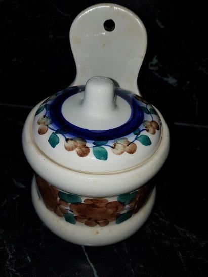 dóza s víčkem na pověšení keramická výška celková 21 cm - Starožitnosti