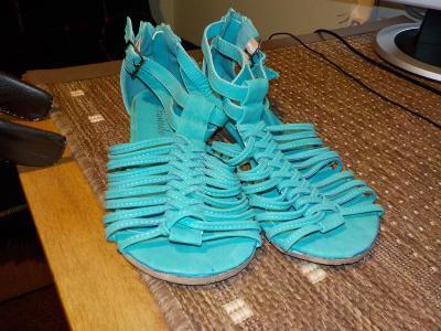 sandály dámské kožené vel.38