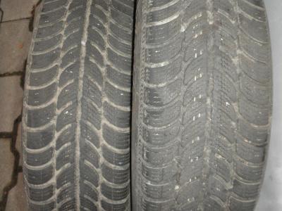 Prodám 2 zimní pneu M + S Sava Eskimo S3 175/65 R14 82 T