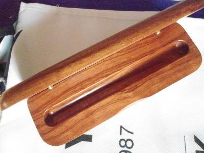 originální dřevěné pouzdro na plnící pero Centroglob