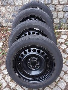 Prodám zánovní zimní pneu na plechových  discích 4 ks
