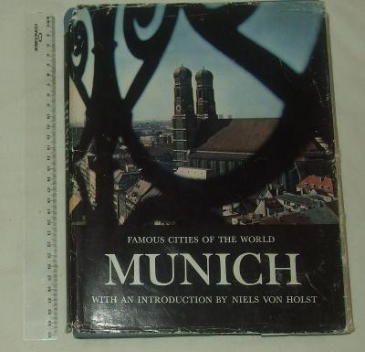 Munchen - Mnichov - Niels von Holst