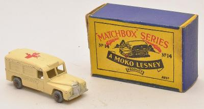 MATCHBOX RW No. 14a Daimler Ambulance