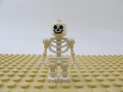 Lego  figurka skeleton
