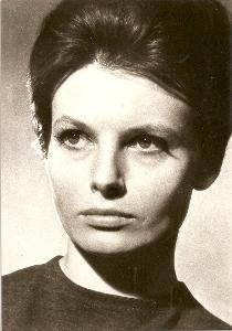 DANA SMUTNÁ (1935 - 2001) – herečka; manželka režiséra Jiřího Weisse