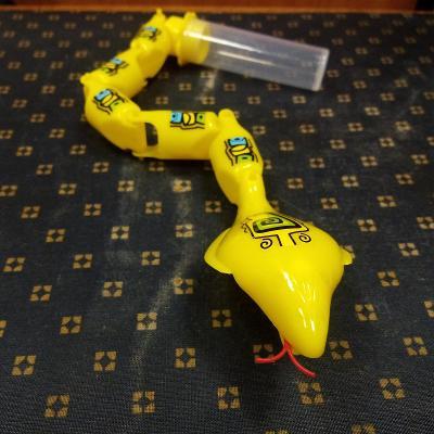 Hračka - plastový chřestýš s tubou na šroub.závit, 37 cm