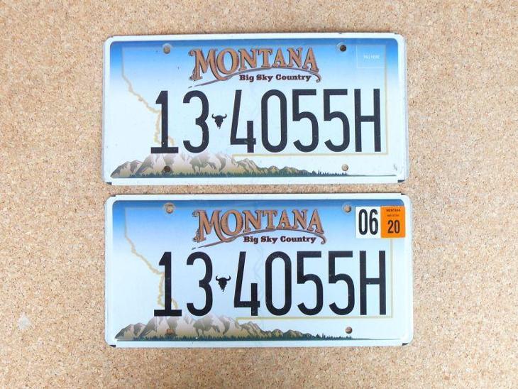 USA SPZ, Montana pár originál... - Motoristické předměty