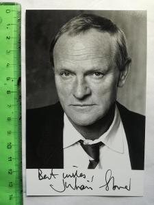 Autogram podpis Glover Julian