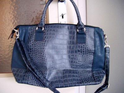 Tmavě modrá dámská taška (kabela) Carpisa