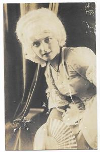 Fotografie, krásná žena, historický kostým, MF, 38/43
