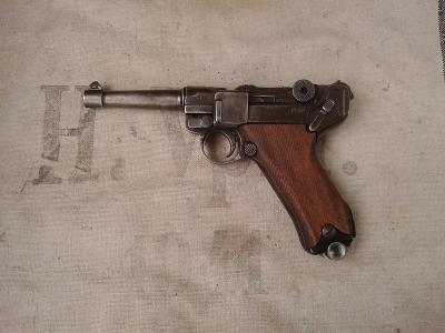 Pistole P08, DEKO Model, na číslech mrkněte fota
