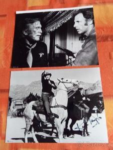 Kirk Douglas autogram fotografie 2 ks  super stav Rarita