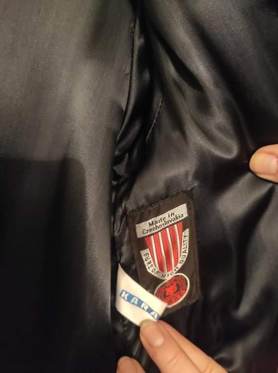 Kožich Kara  pravý dlouhý černý .Velikost44 .Top stav - Dámské oblečení