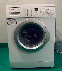 Pračka Bosch WAE 24365 BY bílá
