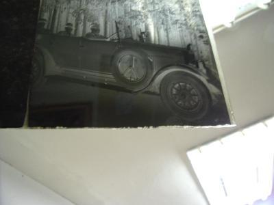 Starý skleněný foto negativ autoveterán