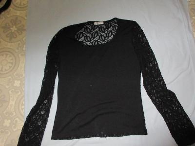 triko černé krajka