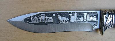 Lovecký nůž s loveckým motivem