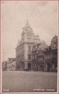 Domažlice (Taus) * budova radnice, část náměstí * M020