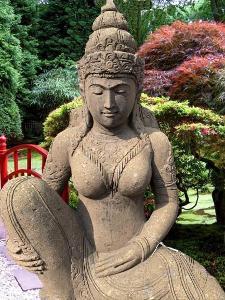 Socha Devi Tara pro exotické a orientální zahrady h135cm