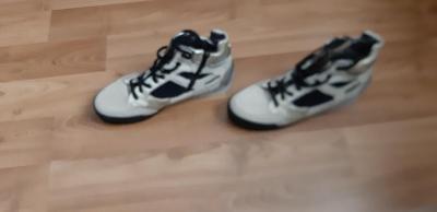 Prodám nepoužitou špičkovou sportovní obuv Candice Cooper