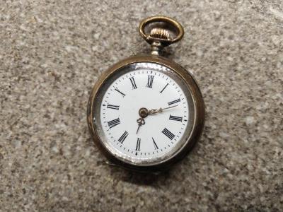 Kapesní stříbrné hodinky jeptišky Remontoir - cibule AG