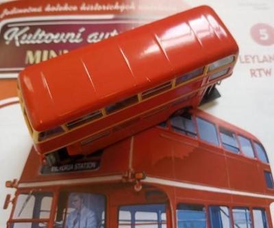 Kultovní autobus LEYLAND RTW 75